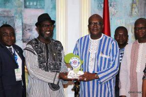 Madi Sakande con il Presidente del Burkina Faso
